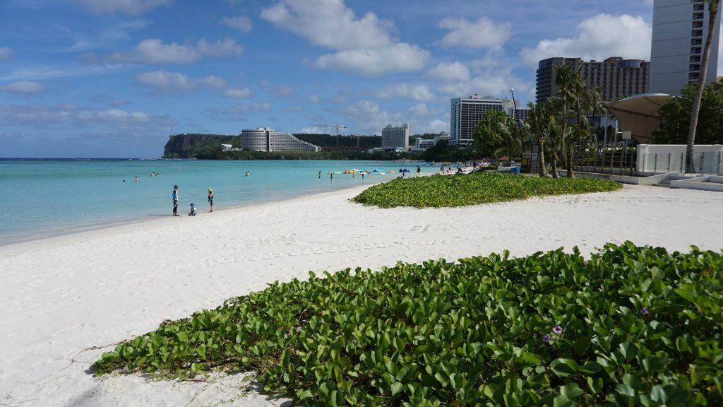 海外挙式 グアムチャペル ジュエル・バイ・ザ・シー前のビーチ