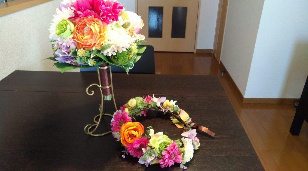 ウエディングドレスの節約 ブーケと花かんむり